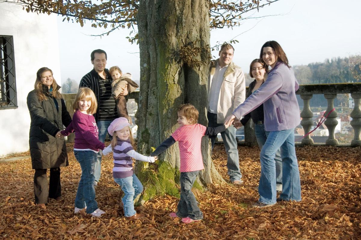 Familien auf dem Bauernhof