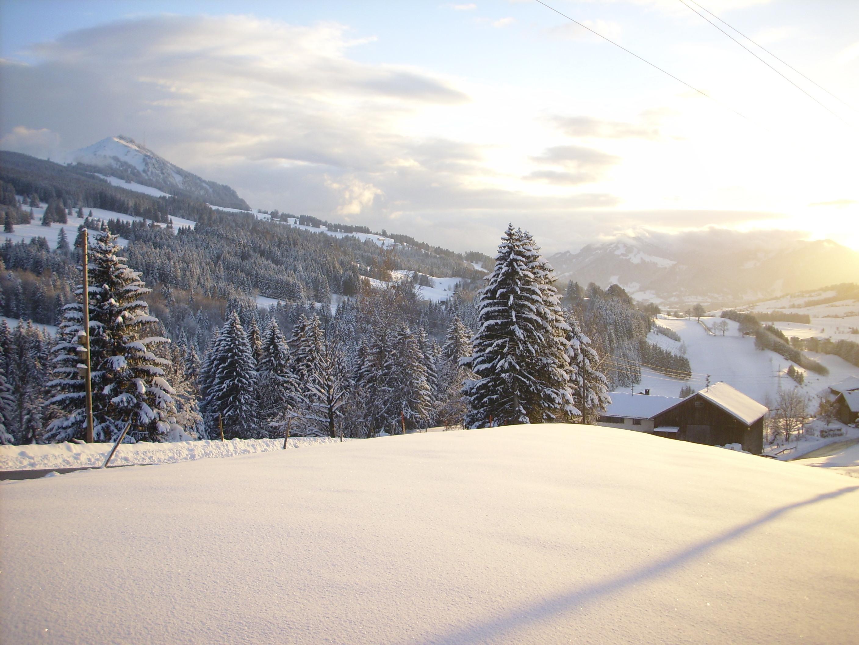 Auch im Winter eine Reise wert zum Bergbauernhof Rief