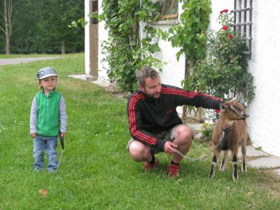 Besuch bei der Ziege