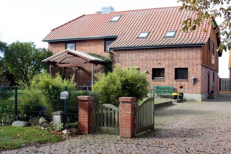 Blick zum Haus auf dem Ferienhof Wendt