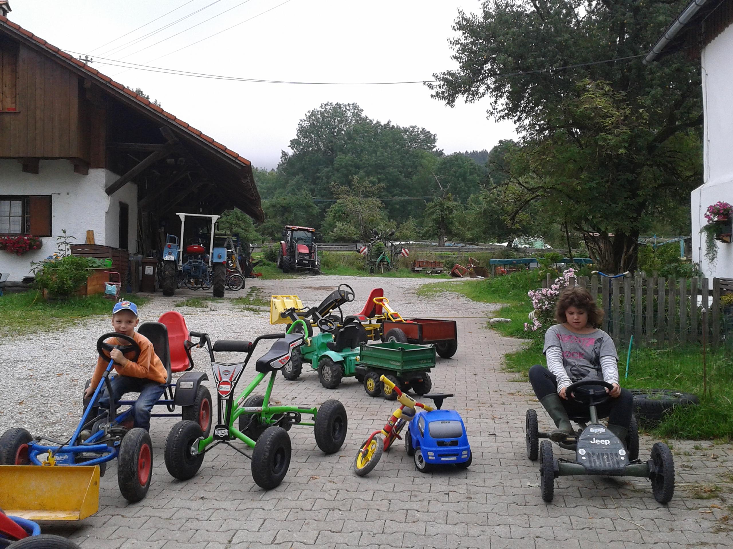 Der Fuhrpark auf dem Vorderlipphof