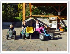 Der Kinderfuhrpark auf dem Ferienhof Schuler