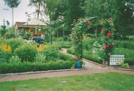 Der gepflegte Kräutergarten