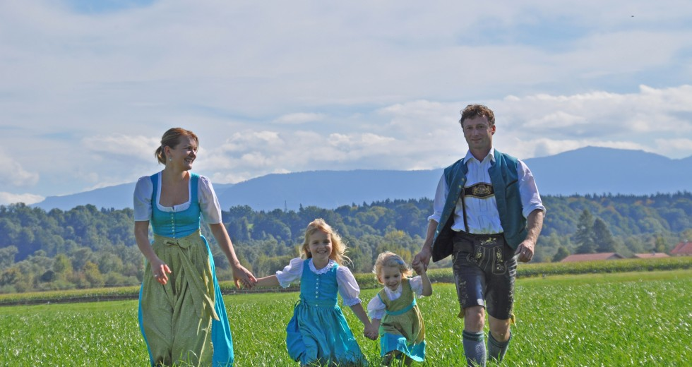 Den Springerhof mit seiner aktiven Landwirtschaft im Chiemgau erleben