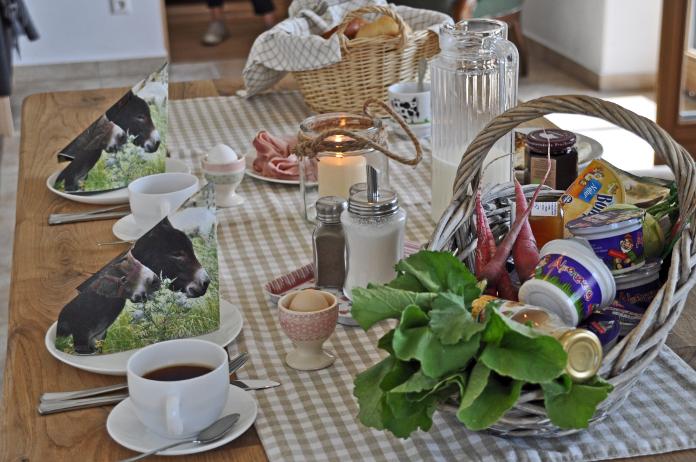 Frühstückskörbchen auf dem Springerhof