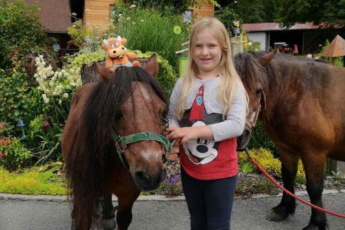 Friederike-Reisetagebuch---Familiennest-Pauli-Ponys