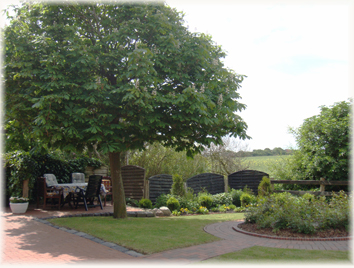 Garten vom Ferienhof Baller-achtern-diek