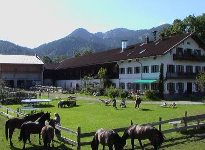 Reiten durch Oberbayerns Herbstzauber auf dem Hintergraberhof in Lenggries