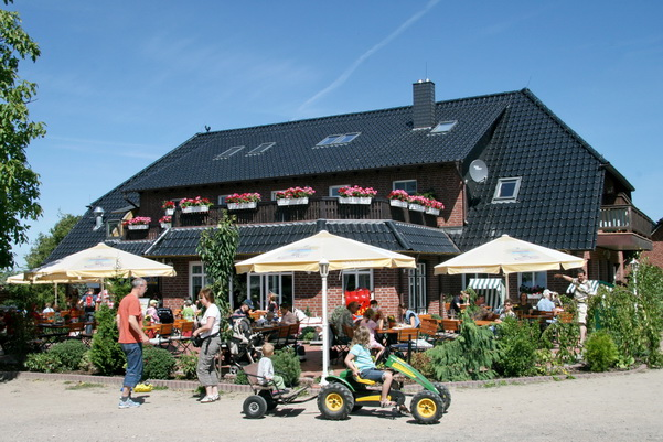 Hofladen und Restaurant auf dem Erlebnis-Bauernhof Kliewe