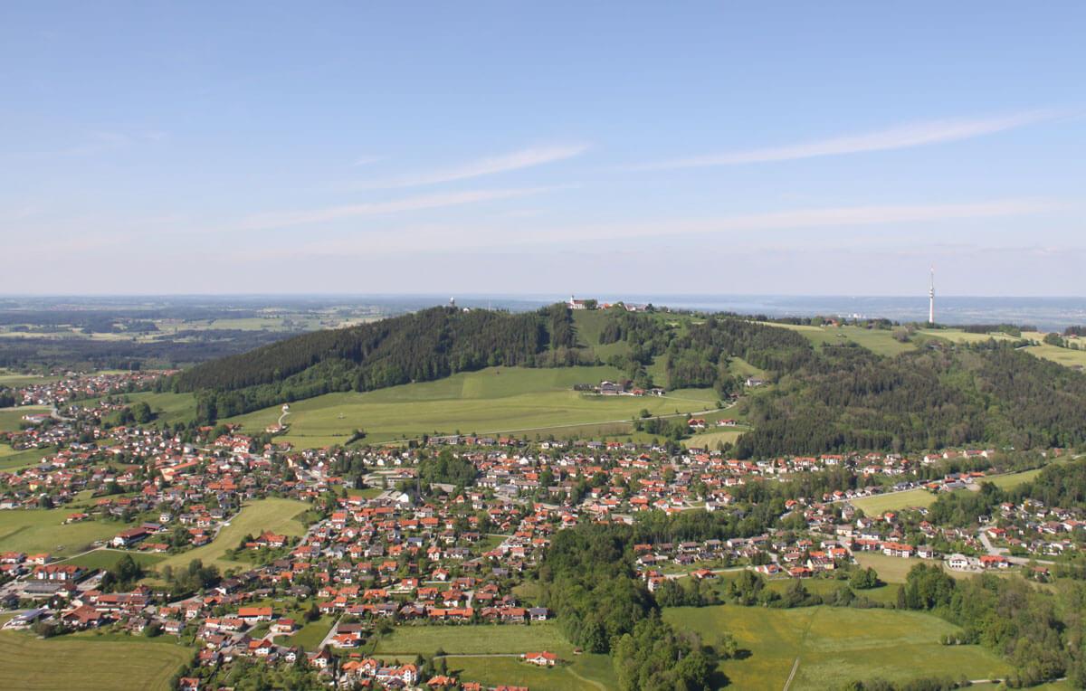 Luftaufnahme vom Hohen Peißenberg