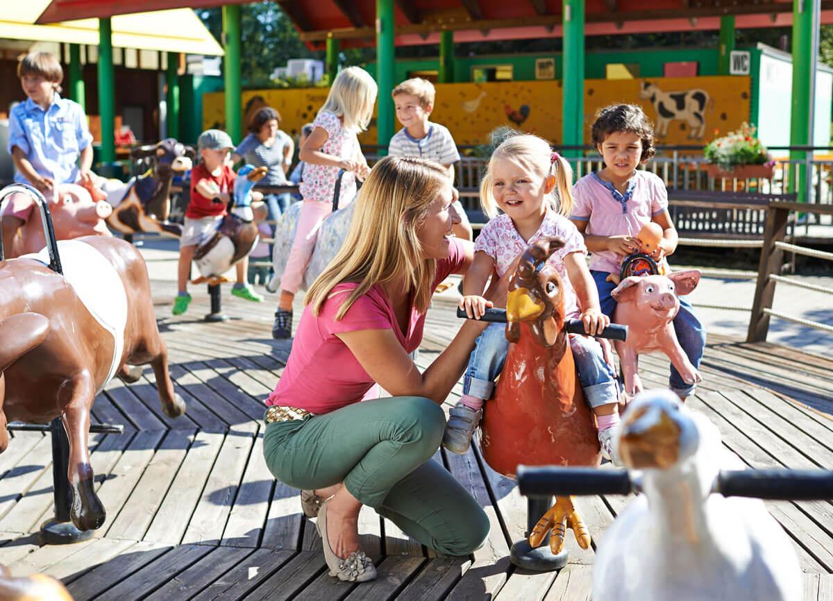 Tierkarussell - © Ravensburger Freizeit und Promotion GmbH