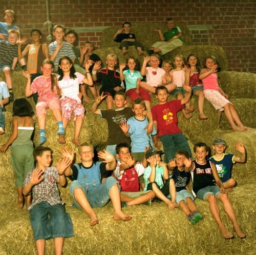 Kinder, auch als Gruppen, sind immer willkommen auf dem Poenenhof