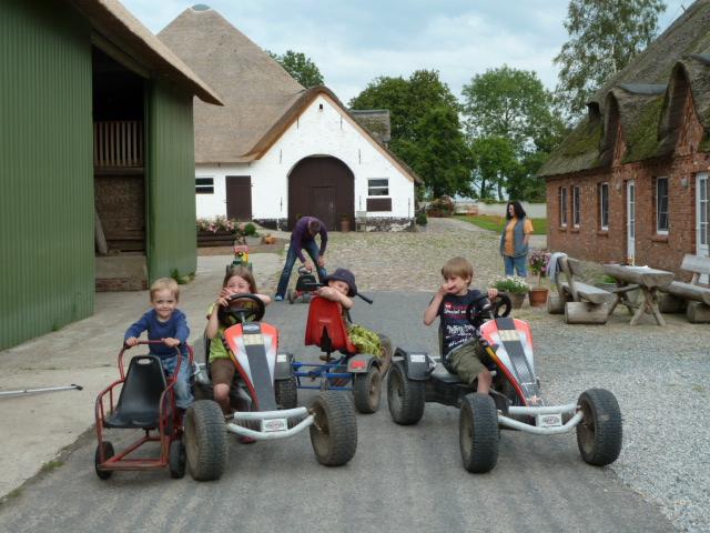 Kinderfuhrpark auf dem Liethshof