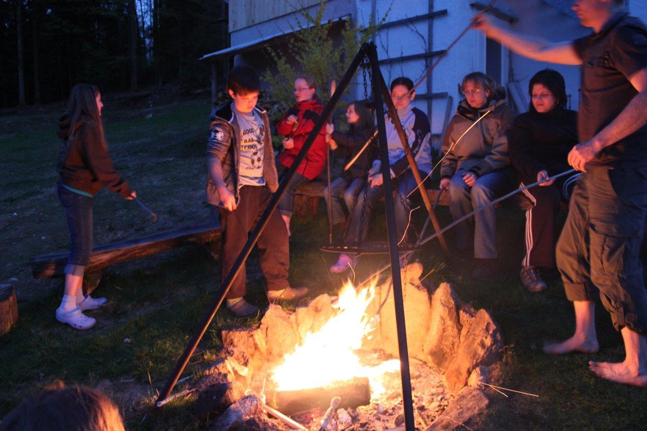 Lagerfeuer auf dem Ranzinger Hof