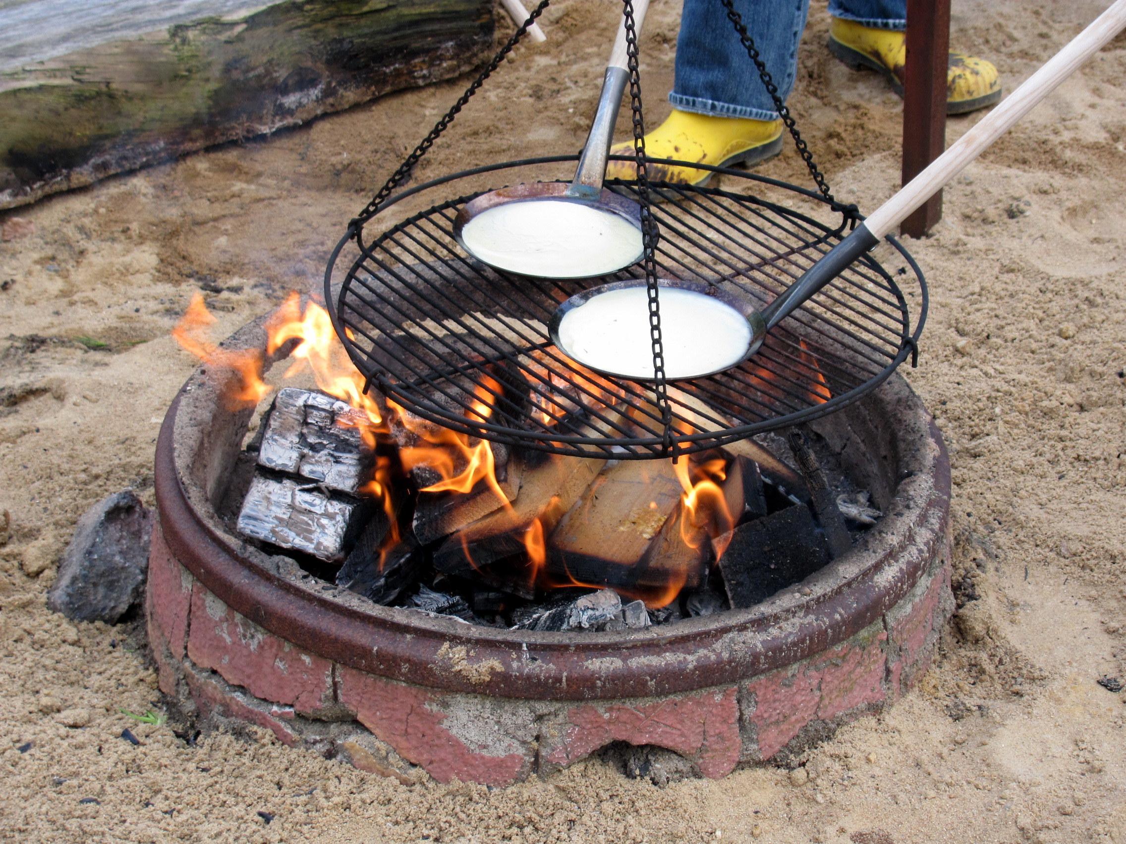 Leckeres vom Lagerfeuer auf dem Andresenhof