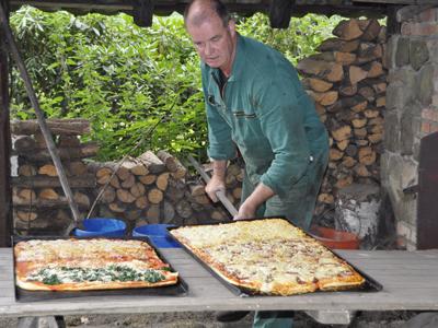 Pizzabacken auf dem Ennenhof