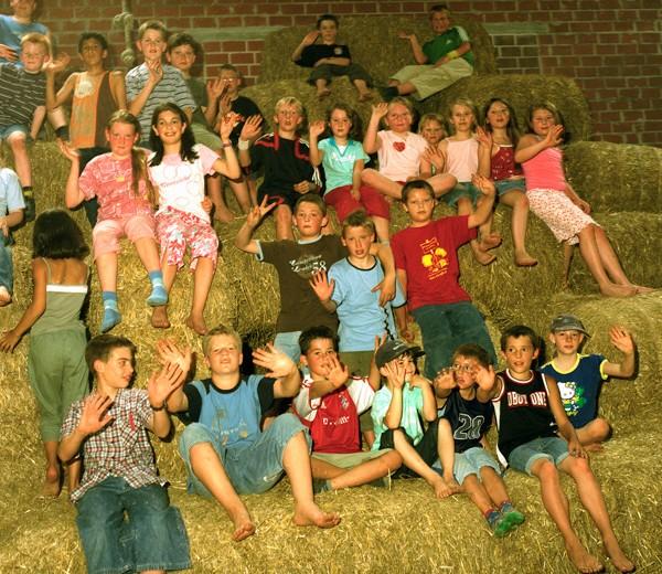 Aktiver Erlebnisurlaub: Spiel, Spaß und tolle Tiererfahrungen auf dem Poenenhof!