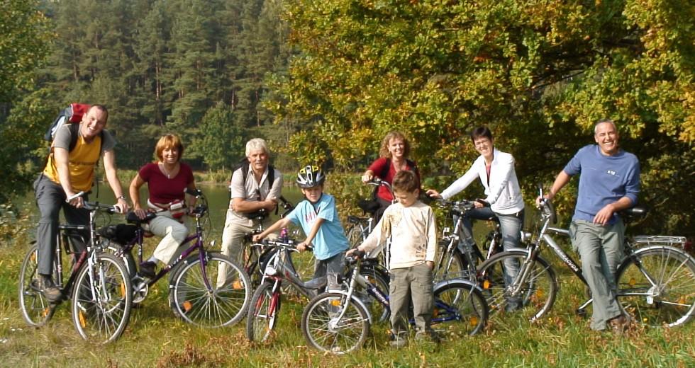 Kinder-Erlebnishof im Fränkischen Seenland: Feriendorf Nehmeier