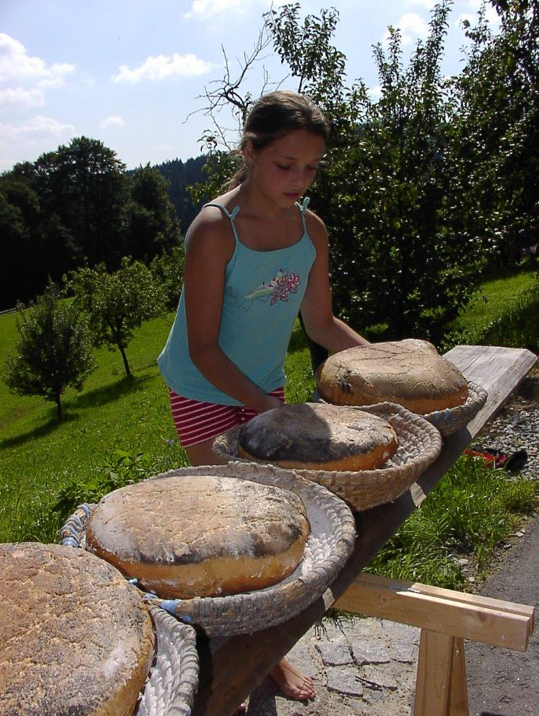 Ranzinger Hof  Brot backen