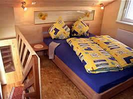 Schlafzimmer  Sonnenblume auf dem Grub-Daniel-Hof