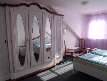 Schlafzimmer  ant Diek auf dem Ferienhof Baller-achtern-diek