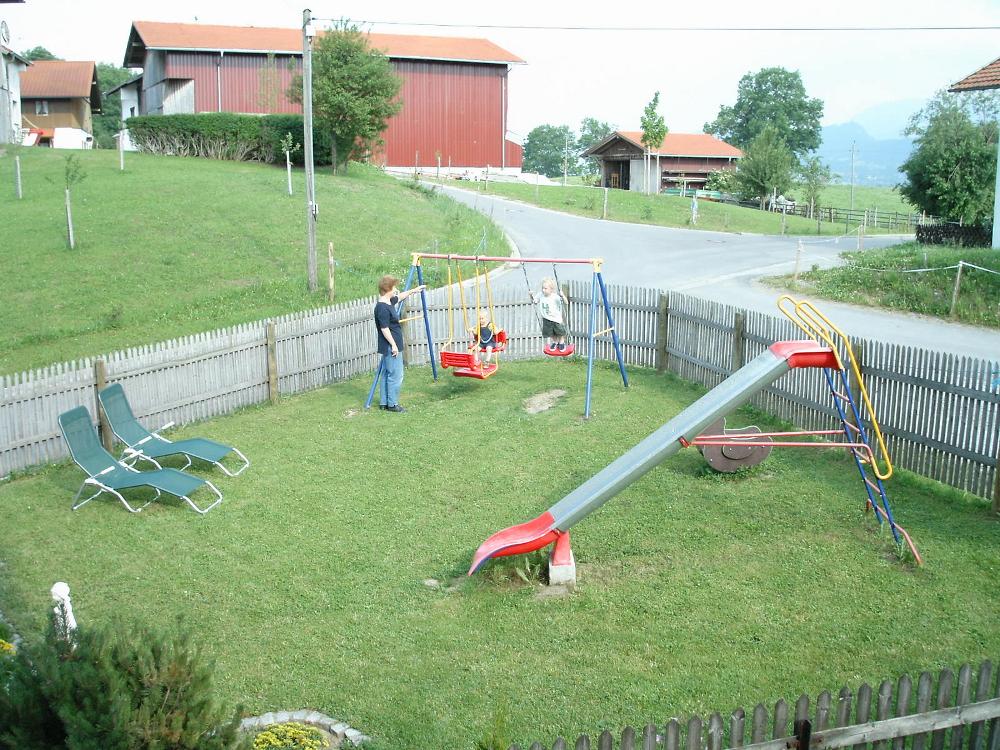 Spielplatz auf dem Kinderbauernhof Hindelang