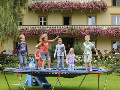 Trampolin  auf dem Moierhof