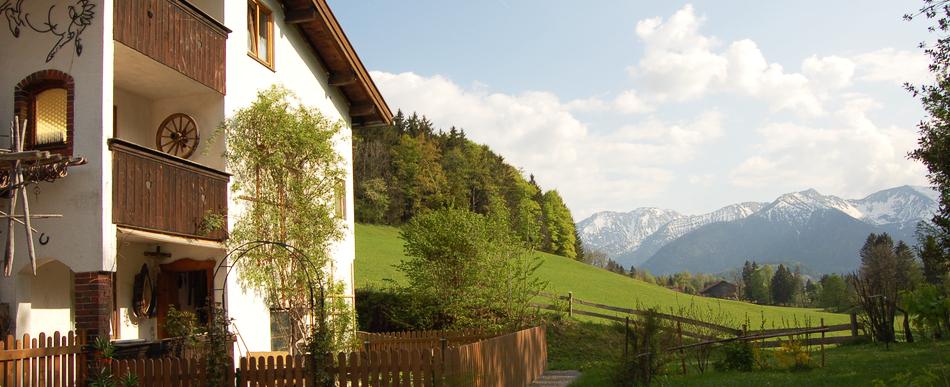 Herbstzeit, Wanderzeit – toller Ausgangsort: </br>der Bucherhof in Fischbachau/Elbach