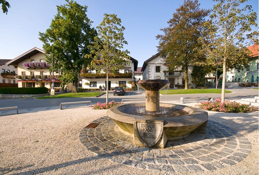 Dorfbrunnen Grabenstätt
