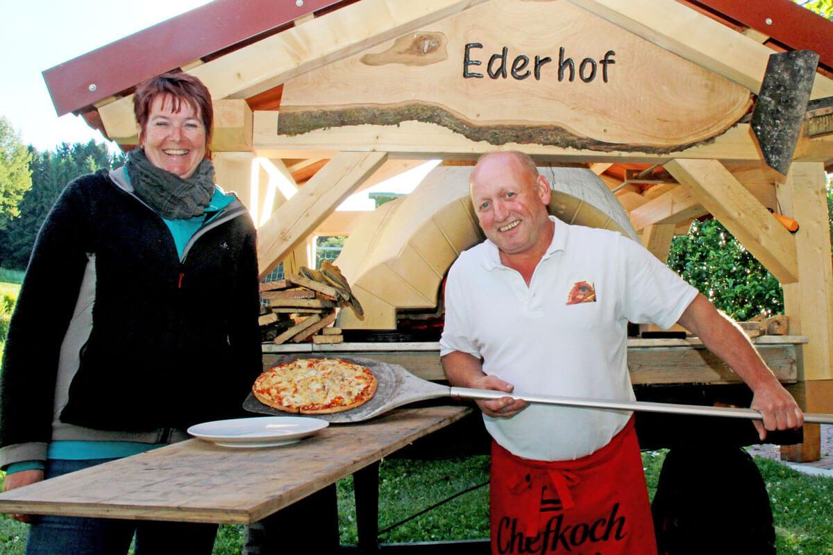 Pizzabacken am Ederhof