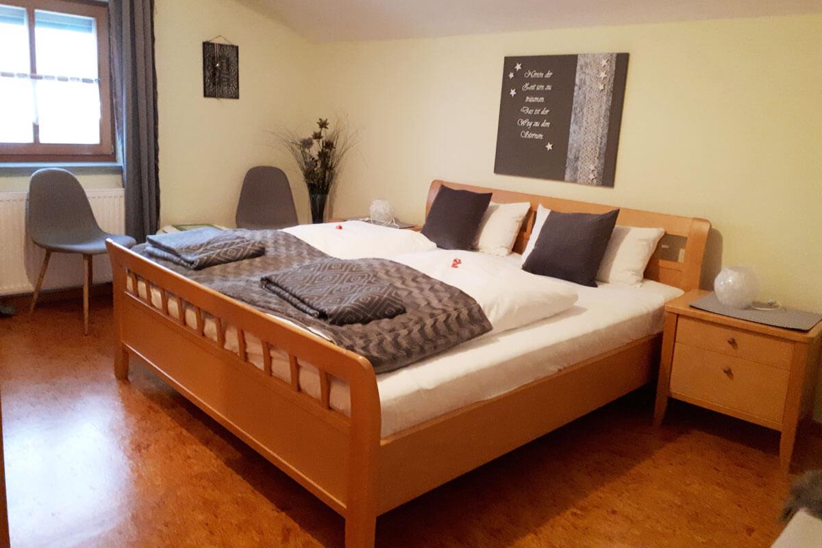 Schlafzimmer der Ferienwohnung Tenne