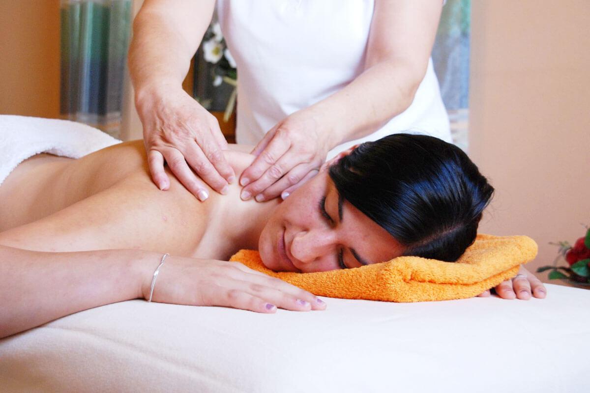 Herrlich wohltuende Aroma-Massagen genießen am Ferienbauernhof Kilger