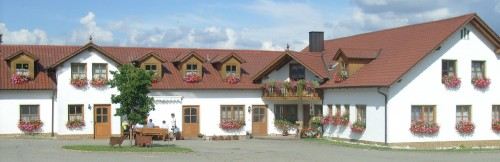 Hofansicht Ferienhof Nißl