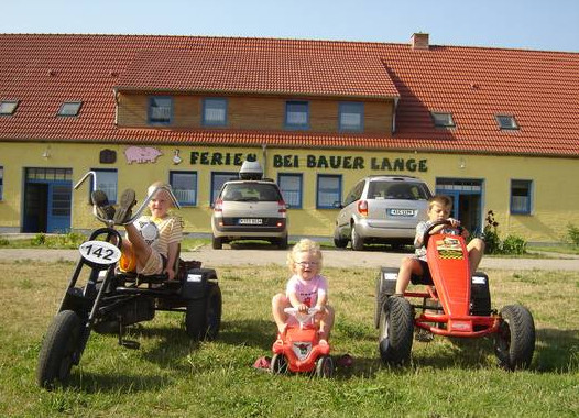 Familien entdecken auf Rügen: Bauer Lange – Das Erlebnis Bauernhof