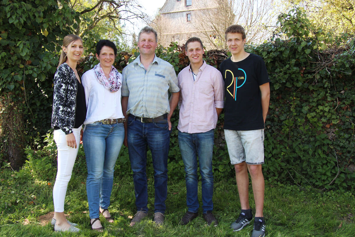Die freundliche Gastgeberfamilie Schwendemann - © Lunzenhof