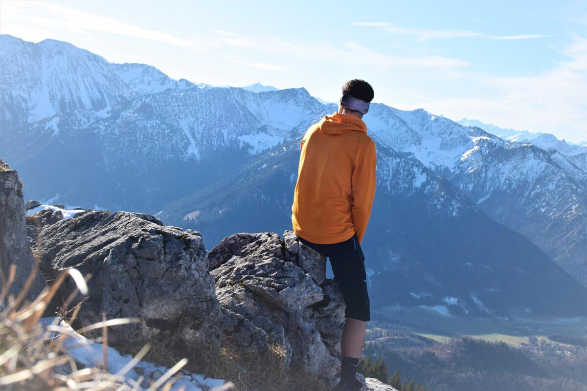 Wunderschönes Bergpanorama genießen - © Niederauer Hof