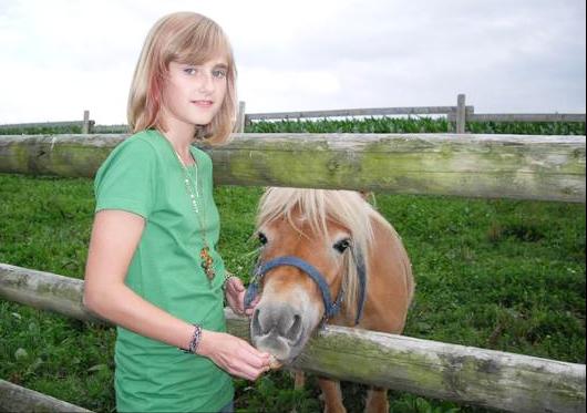 "Pony ""Moritz"" liebt Kinder"