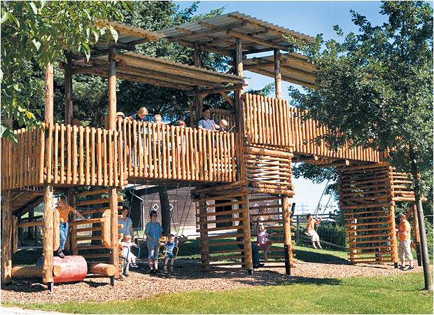 Outdoorspielplatz beim Landhaus Schulte-Goebel
