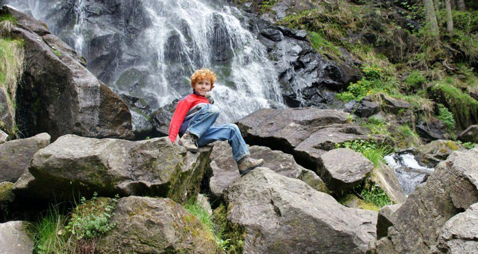 Persönlicher Tipp vom Biolandferienhof S´Fleckli: Die malerischen Zweribach-Wasserfälle im Schwarzwald!