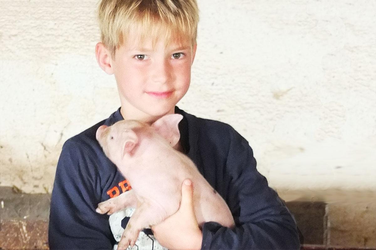 Unvergessliche Tier-Erlebnisse im Bauernhofurlaub - Kinderbauernhof Dingeldey