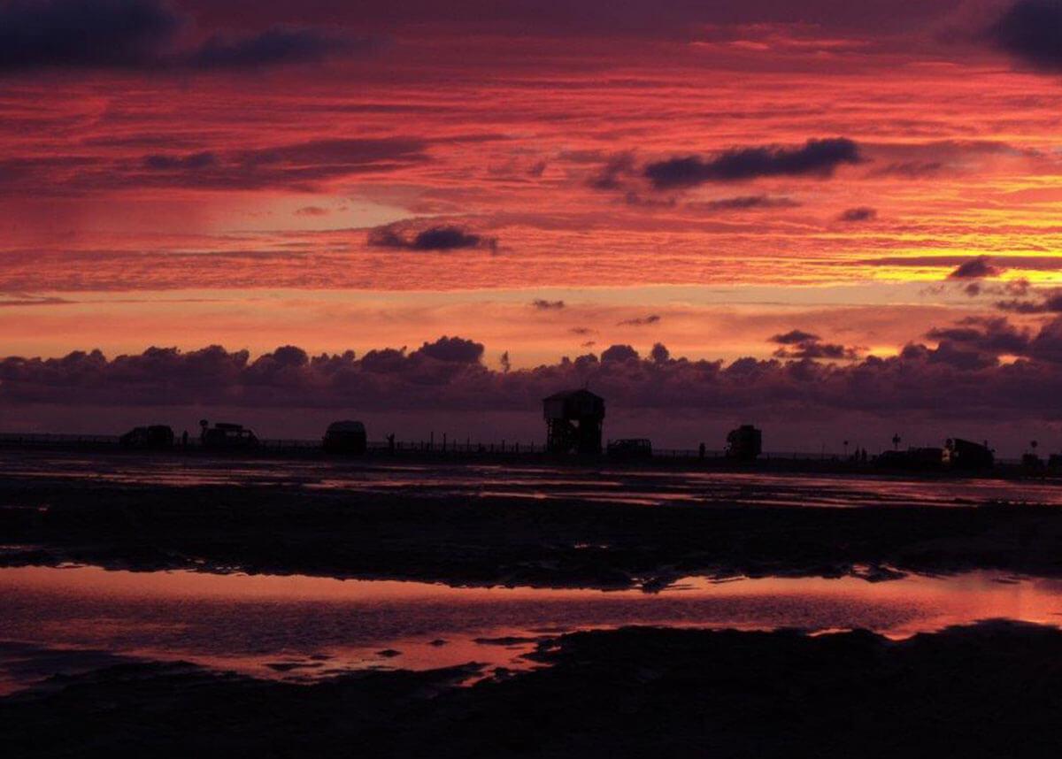 Grandioser Sonnenuntergang am Strand - © Hof Tümlauer Bucht