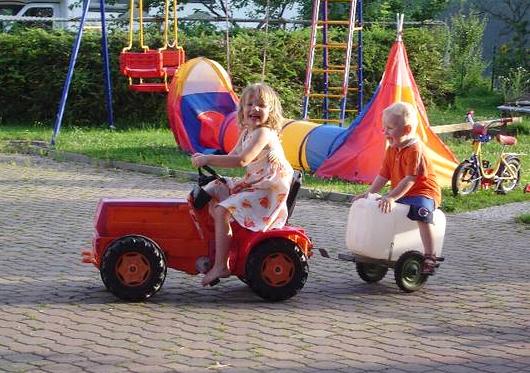 Spaß mit den Tretfahrzeugen
